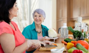 Simple Healthy Eating Solutions for Your Elderly Loved One