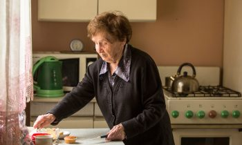 How to Help Your Senior Settle Into a New Home